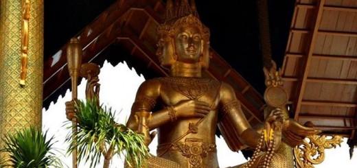 Patung Budha Empat Wajah, Wisata Budha Di Surabaya