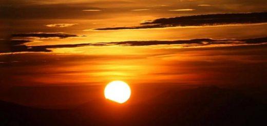 3 Tempat Terbaik Untuk Melihat Bromo Sunset