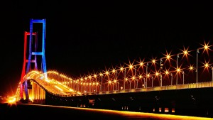 Jembatan Suramadu, Tempat Wisata Di Surabaya Jawa Timur