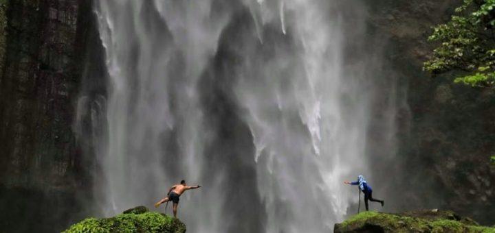 Wisata Air Terjun Kabut Pelangi Lumajang